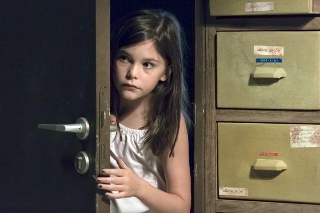 La petite Pili Groyne, qui incarne la fille... (Fournie par Axia Films)