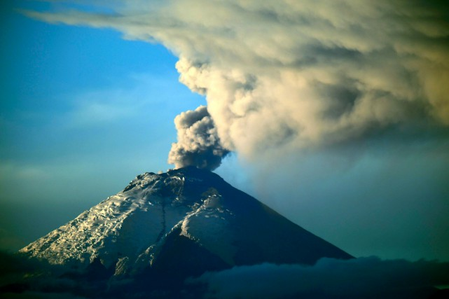 Le volcan Cotopaxi... (AFP, Rodrigo Buendia)