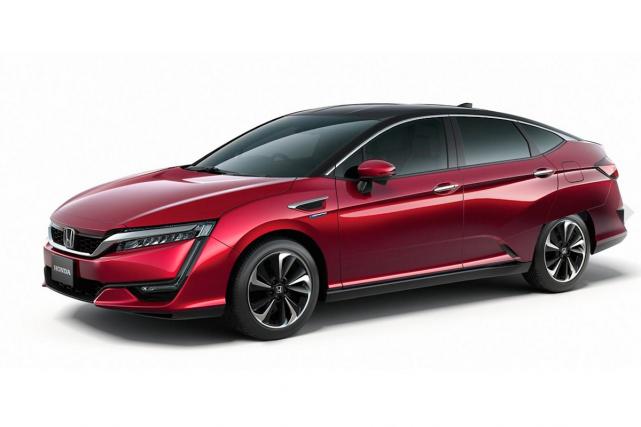 Honda va présenter au Salon de l'auto de Tokyo le successeur de la FCX Clarity... (Photo fournie par Honda)