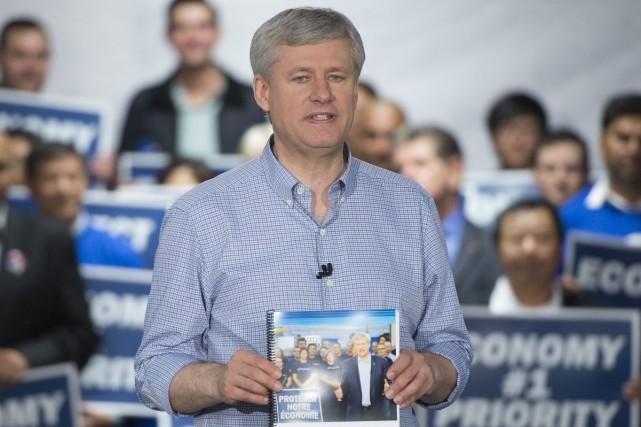 Au cours des derniers jours, Stephen Harper a... (PHOTO JONATHAN HAYWARD, LA PRESSE CANADIENNE)