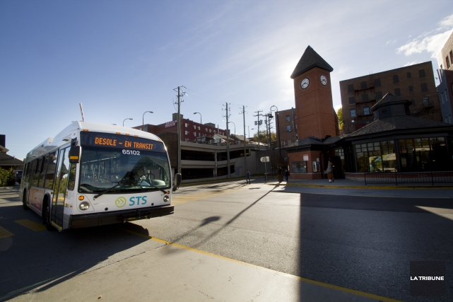 Éditorial / La Société de transport de Sherbrooke (STS) demande l'établissement... (Archives, La Tribune)