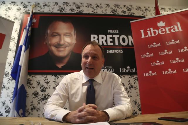 Pierre Breton a présenté les engagements économiques du... (Photo Janick Marois)