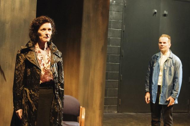 Dominique Leduc et Frédéric Blanchette dans la pièce... (Photo Francis Rhéaume, fournie par le Théâtre Denise-Pelletier)