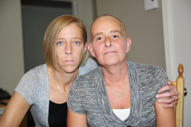 Nancy Kearney et sa conjointe, Sandra Blackburn, doivent... (Photo Le Progrès-Dimanche, Gimmy Desbiens)