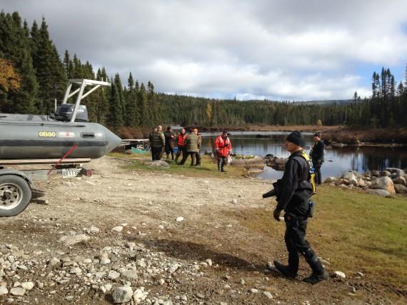 Le corps de l'homme qui s'est noyé vendredi... (Photo courtoisie, Ici Radio-Canada Saguenay-Lac-Saint-Jean)