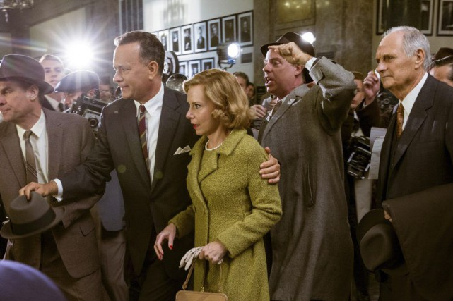 Tom Hanks, Amy Ryan et Alan Alda dans...