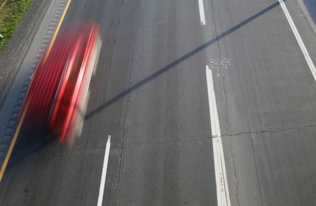 La Sûreté du Québec a arrêté un chauffard qui filait à plus de 230 km/h dans... (Archives, LeDroit)