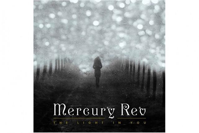 Le groupe Mercury Rev, qui donne dans la pop rêveuse, revient avec un premier...