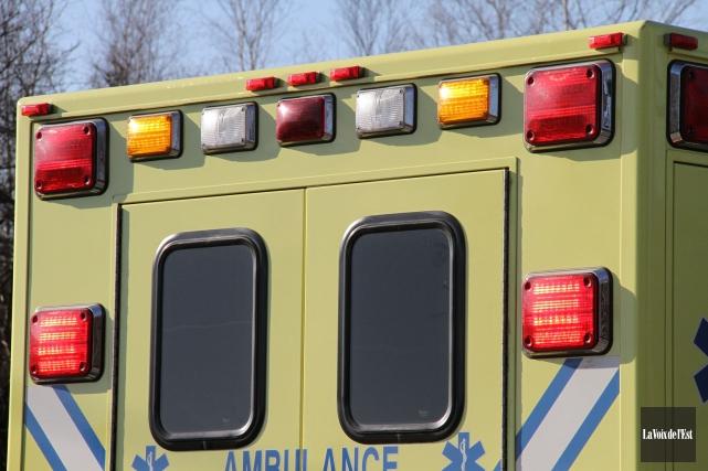 Trois personnes ont été blessées dans une collision... (archives La Voix de l'Est)