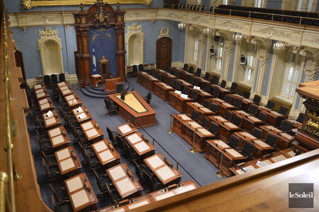 Le Salon bleu de l'Assemblée nationale.... (PHOTO YAN DOUBLET, ARCHIVES LE SOLEIL)