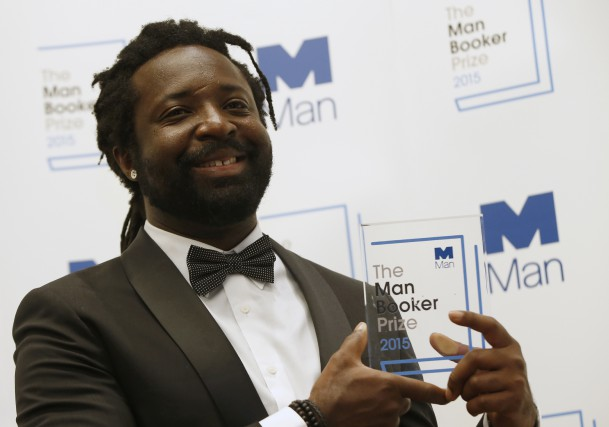 Marlon James est devenu le premier écrivain jamaïcain... (Associated Press)