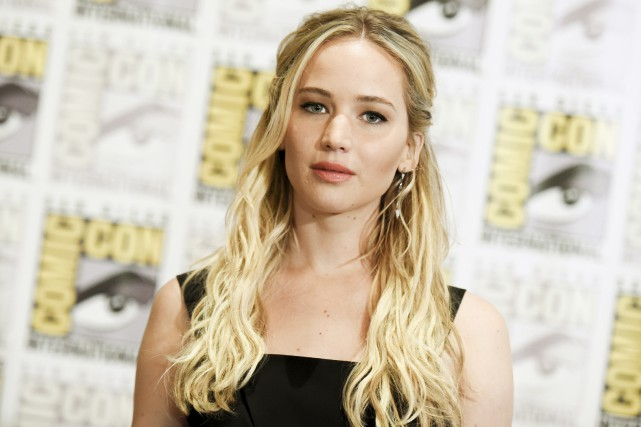 Jennifer Lawrence s'attaque aux inégalités salariales à Hollywood... (Associated Press)