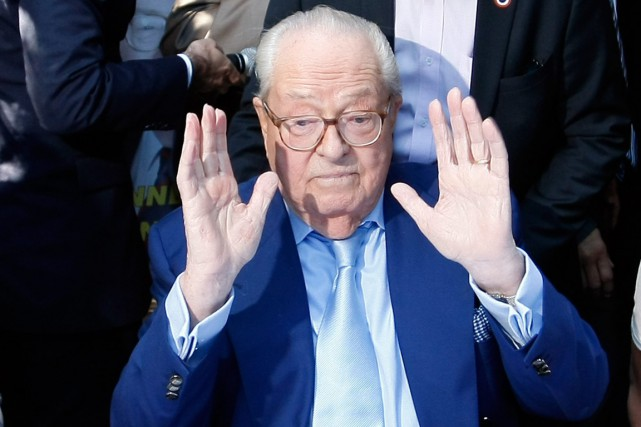 Jean-Marie Le Pen, 87 ans, a été exclu... (PHOTO CLAUDE PARIS, ARCHIVES AP)