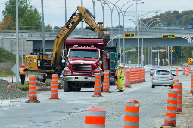 Les travaux reprendront sur le boulevard de l'Université jeudi matin, ce qui... (Archives La Tribune)
