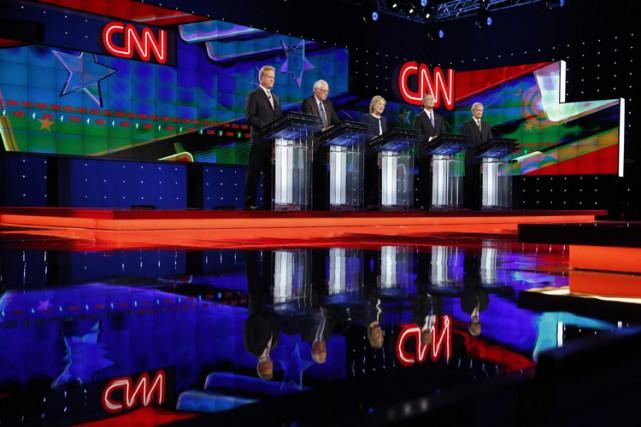 Plus de 15 millions de téléspectateurs ont regardé le premier débat démocrate... (PHOTO AP)