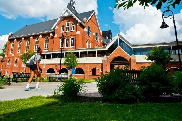L'Université Bishop's enregistre une hausse de 15% de ses nouveaux étudiants à...