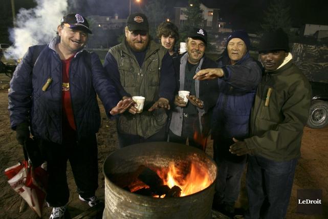 La 13eNuit des sans-abri se tiendra vendredi au... (Patrick Woodbury, Archives LeDroit)