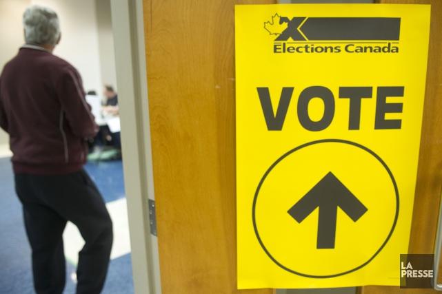 Quelque 54 267 électeurs ont profité des quatre... (Stéphane Lessard)