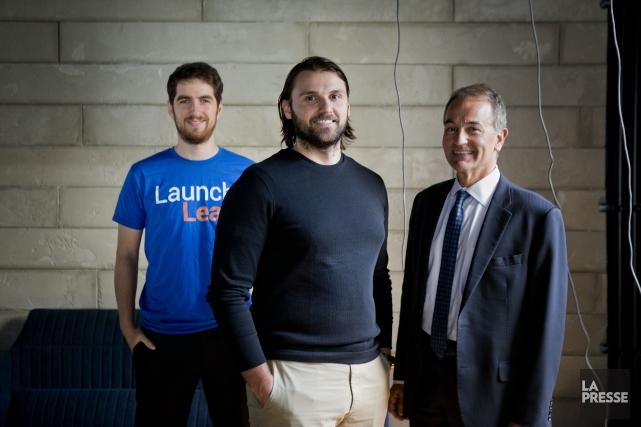 Le spécialiste du web Arthur Juchereau (à gauche)... (Photo Marco Campanozzi, La Presse)