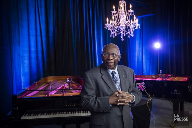 Le pianiste Oliver Jones a assisté hier au... (PHOTO OLIVIER PONTBRIAND, LA PRESSE)