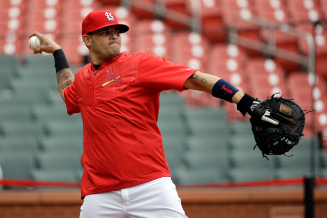 Yadier Molina... (Photo Jeff Roberson, AP)