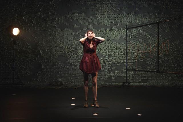 Dans la pièce Septembre, l'actrice Évelyne de la... (Courtoisie)