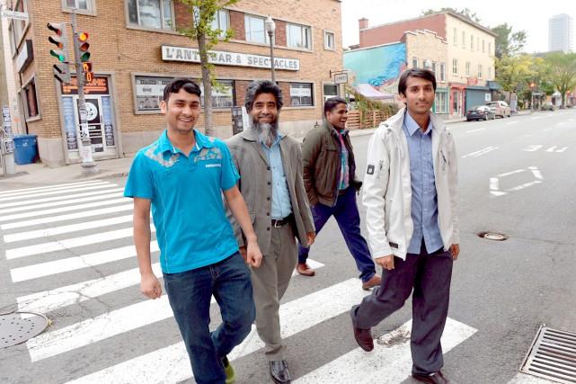Mohammed Zakaria,Rafique Mohammed,Sayed Karim etMohammed Shofi. Aucun des... (Le Soleil, Erick Labbé)