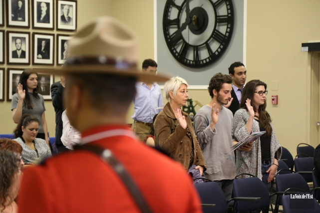 Granby a accueilli 25 nouveaux Canadiens, vendredi matin,... (Janick Marois, La Voix de l'Est)