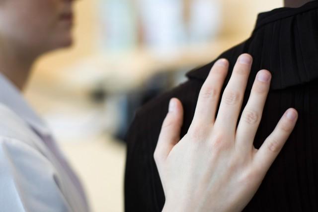 Jeunes, vieux, hommes, femmes: la maladie mentale ne fait pas de... (Photo Digital/Thinkstock)