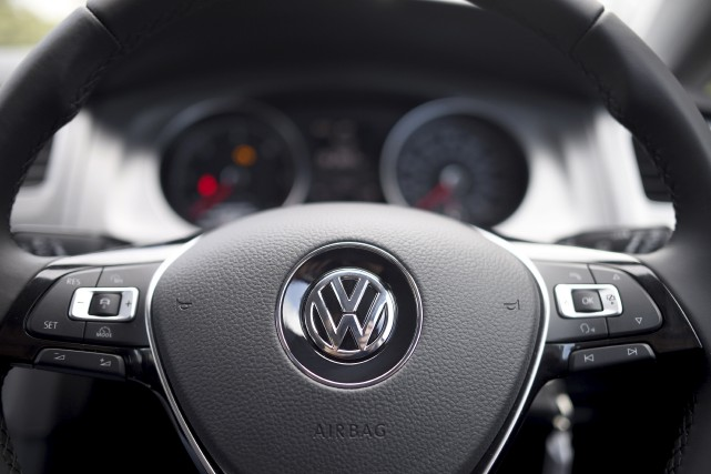 Le géant allemand de l'automobile Volkswagen a vendu 885000 voitures dans le... (Damien Meyer, Agence France-Presse)