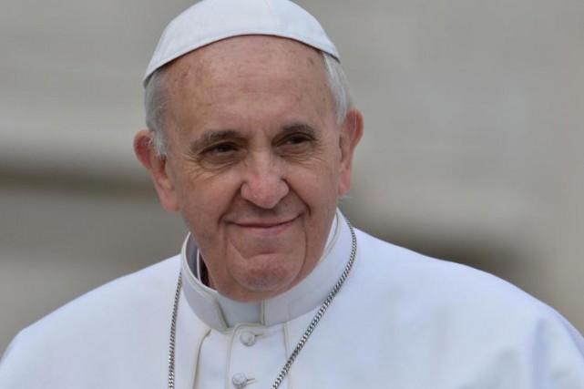 Le pape François et les évêques catholiques sont... (Agence France-Presse)