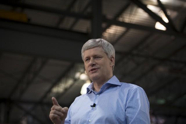 Stephen Harper s'accrochera-t-il au pouvoir?... (Archives Presse Canadienne)