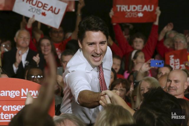 Justin Trudeau a débuté sa journée de samedi... (PHOTO CHRIS WATTIE, REUTERS)