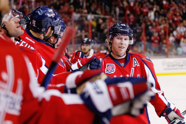 Nicklas Backstrom a raté trois matchs en raison d'une... (PHOTO GEOFF BURKE, ARCHIVES USA TODAY)