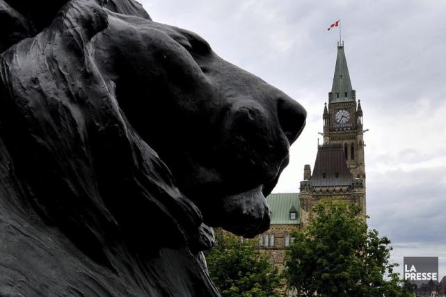 Le Canada se choisit un nouveau Parlement lundi.... (La Presse Canadienne, Sean Kilpatrick)