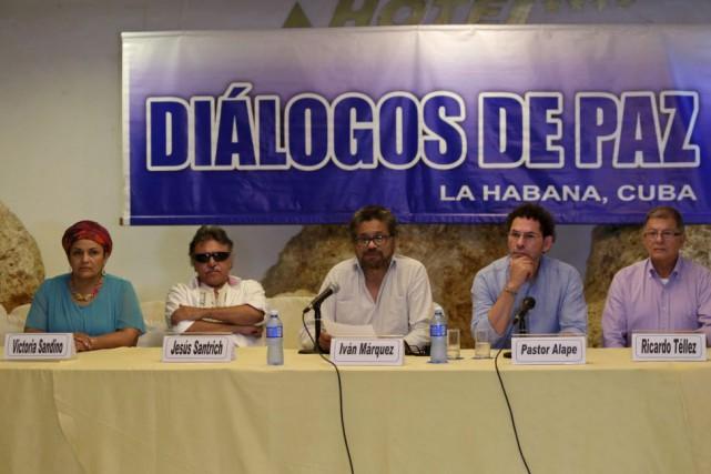 Depuis près de trois ans, le gouvernement colombien... (Photo Enrique de la Osa, Reuters)