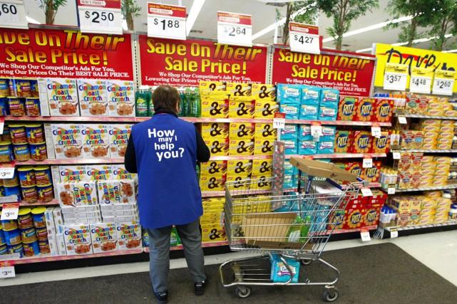 Premier employeur du pays, Walmartrévisé ses prévisions de... (PHOTO ARCHIVES GETTY IMAGES)