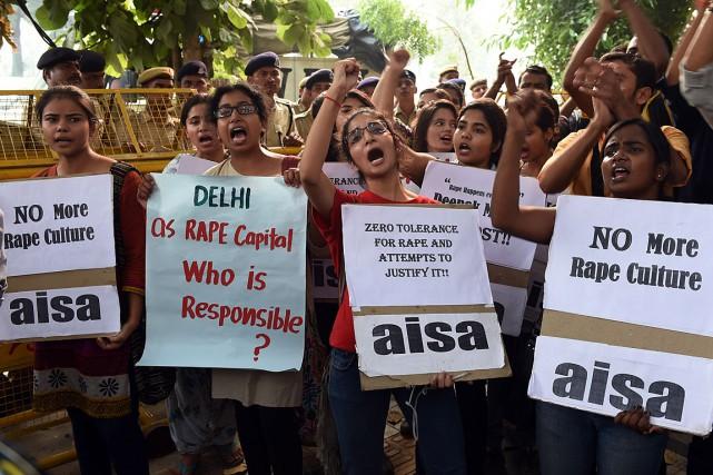 En 2014, 36 735 cas de viol ont... (PHOTO SAJJAD HUSSAIN, AFP)