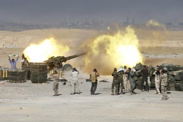Les forces de sécurité mènent depuis la semaine... (PHOTO REUTERS)