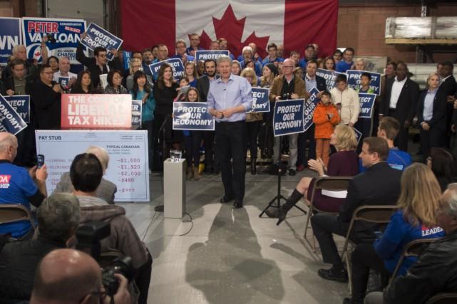 Stephen Harper a profité du dernier jour de... (La Presse Canadienne, Jonathan Hayward)