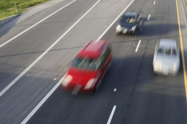 Un chauffard a embouti un véhicule qu'il suivait, samedi après-midi sur...