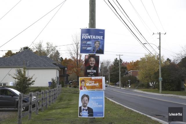 Cinq candidats tentent de se démarquer dans Shefford.... (Julie Catudal, La Voix de l'Est)