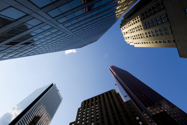 L'indice composé S&P/TSX a reculé de 79,72points pour... (PHOTO BRENT LEWIN, ARCHIVES BLOOMBERG)