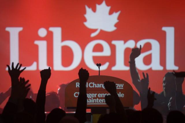 La soirée s'est amorcée par un raz-de-marée libéral... (PC, Paul Chiasson)
