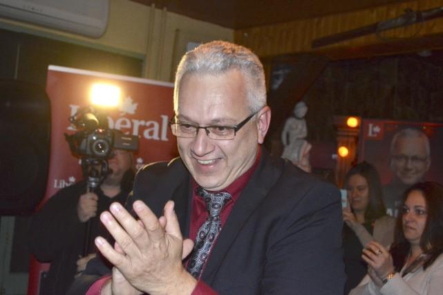 Élu sous la bannière libérale, le conseiller gatinois... (Benoit Sabourin, LeDroit)