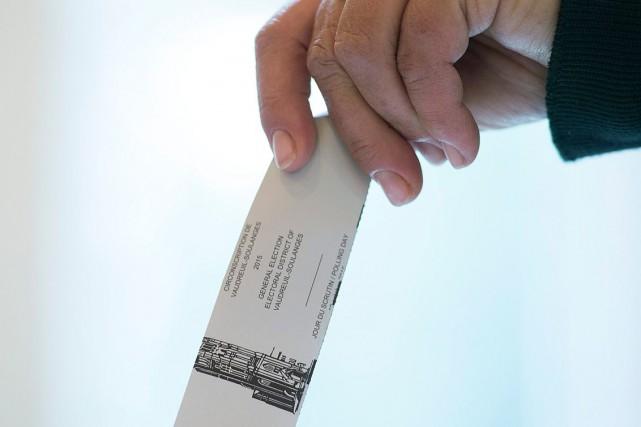 Pendant la campagne électorale, quelque 70 sondages ont... (PHOTO GRAHAM HUGUES, PC)