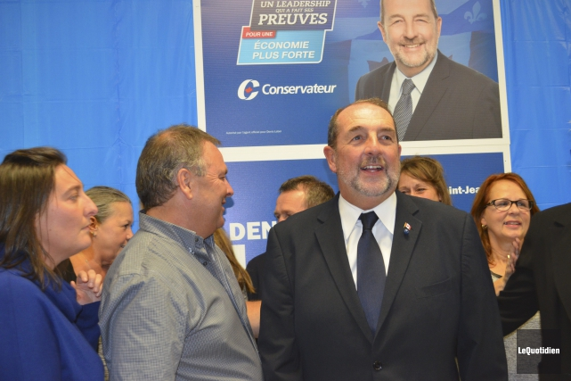 Denis Lebel est redevenu simple député, hier, et... (Photo Le Quotidien, Louis Potvin)