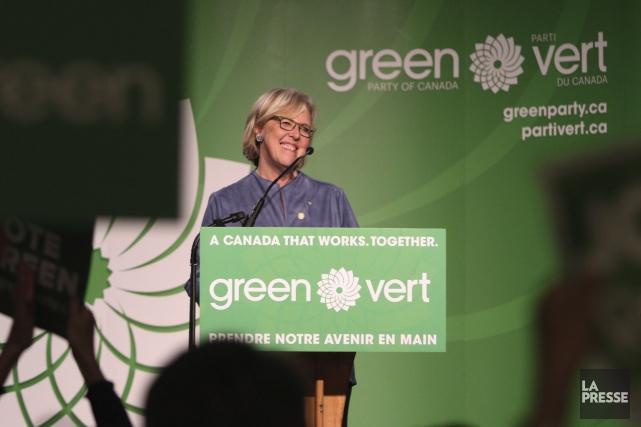 La chef du Parti vert, Elizabeth may, parle... (La Presse Canadienne, Chad Hipolito)