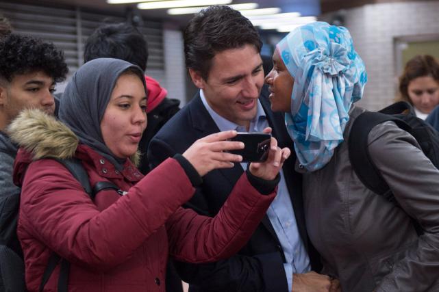 Le nouveau premier ministre du Canada, Justin Trudeau,... (Photo Paul Chiasson, PC)