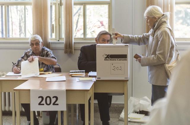 Le taux de participation dans les circonscriptions de Sherbrooke et...